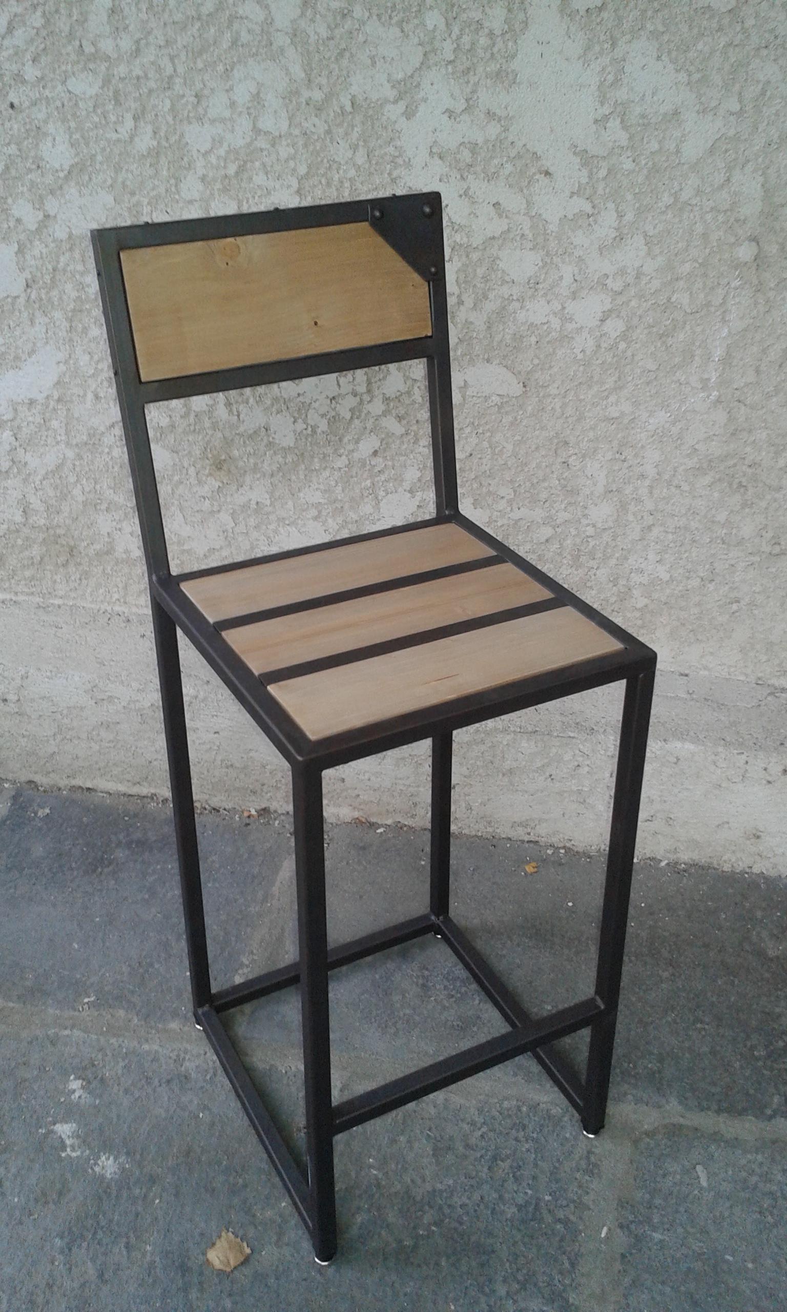 "Chaise ""Oxydée"""