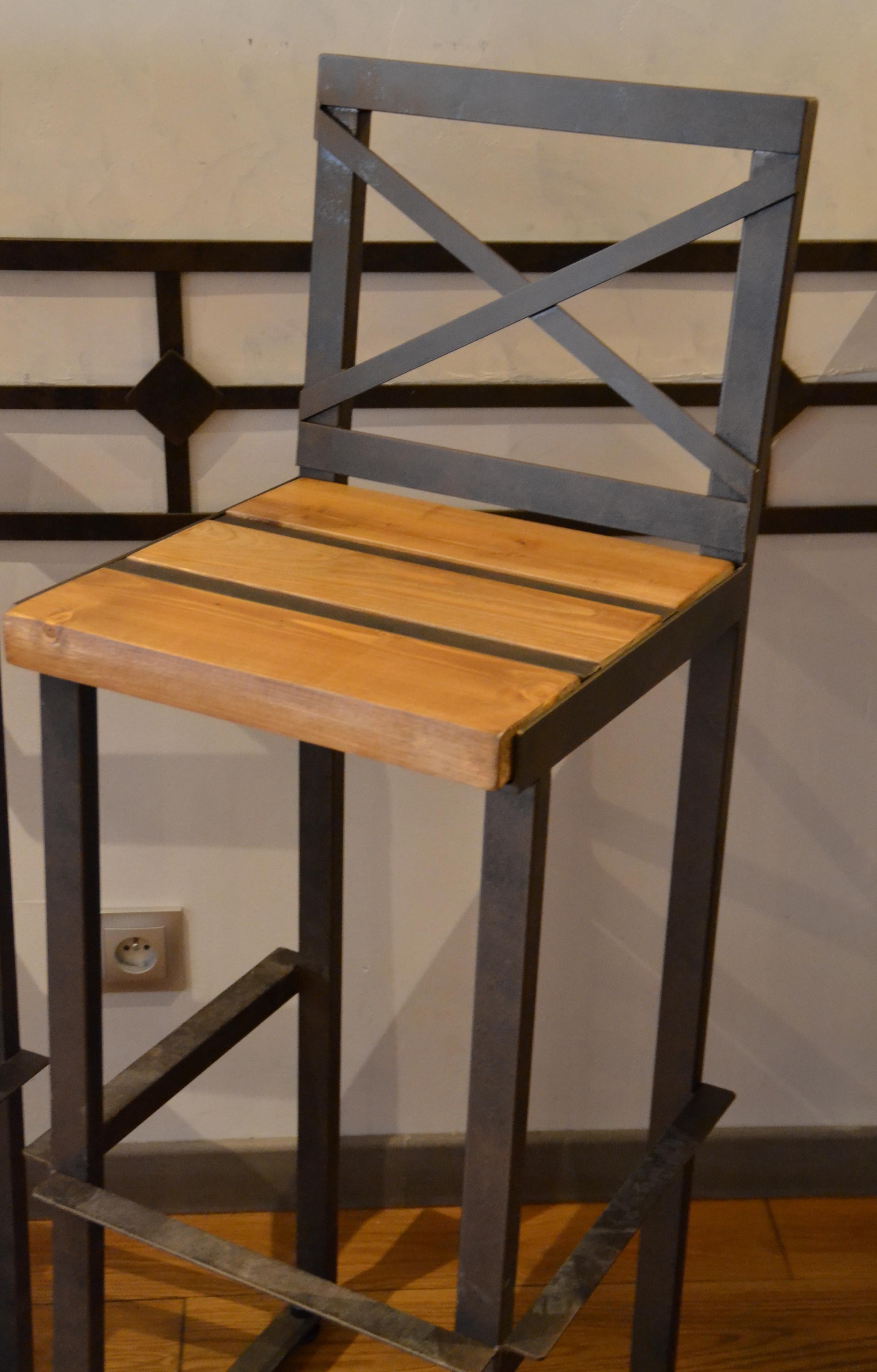 Chaise haute oxydée