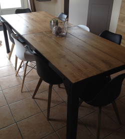 """Table """"relooking"""""""
