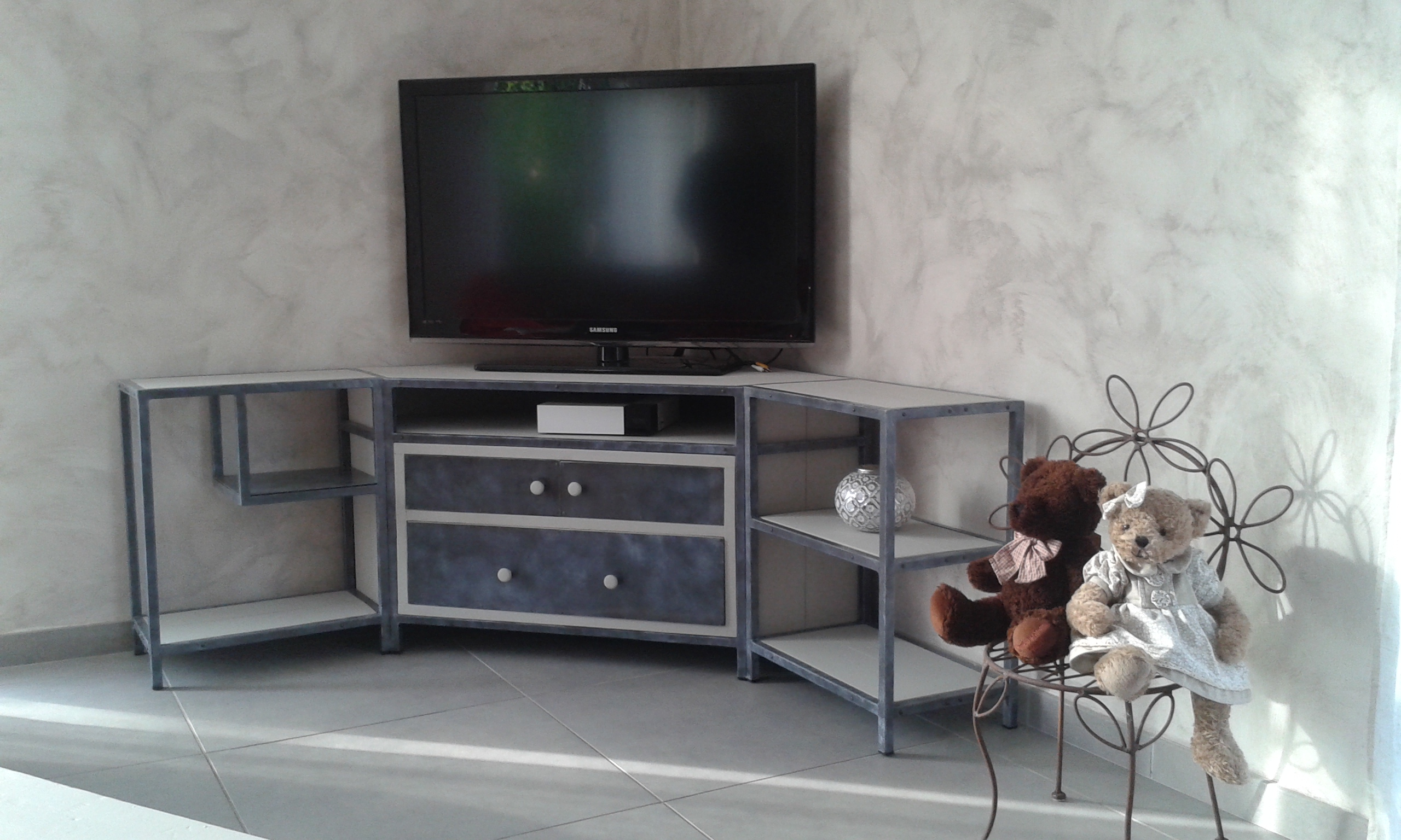 "Meuble TV ""Patiné"""