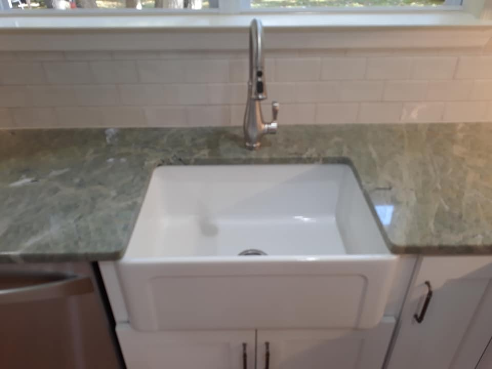 Farm house sink white