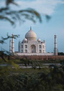 Tah Mahal.