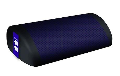 humu ist dein persönliches smart-kissen und bietet dir eine einzigartige audioerfahrung. das gadget ermöglicht es dir sowohl die töne zu hören, als auch die schallwellen zu fühlen. humu einfach an das smartphone, den computer oder den fernseher anschließen oder per bluetooth verbinden und deine lieblingsfilme, -spiele oder -musik zu genießen. durch humu werden erzeugte emotionen verbessert übertragen. das gerät setzt eine patentierte flexound xperience technologie um.