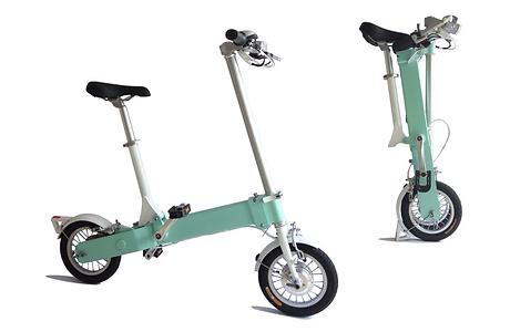 cityleo ist ein minimalistisches, faltbares e-bike, ideal für großstadtpendler. einmal entfaltet ist das bike ein normales elektrofahrrad, auf dem du bequem fahren kannst. ist es gefaltet, kann cityleo bequem transportiert werden. du kannst es mit in den bus oder die bahn nehmen, ohne großen platzaufwand. der rahmen besteht aus einem aluminiumstück und hat im inneren ein getriebesystem. es erreicht bist zu 25km/h und hat eine reichweite von bis zu 45km.