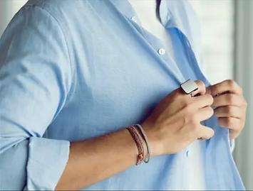 für voice assistent  orii macht den voice assistent deines telefons bequemer als jemals zuvor, indem er in deine fingerspitze verlagert wird. so kann der assistent deine täglichen aufgaben einfacher und schneller behandeln.
