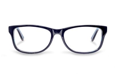 die exyra brille wurde speziell dafür entwickelt, um das sehvermögen beim ansehen von bildschirmen zu optimieren. die präzisionsgefertigten exyra-linsen absorbieren und reflektieren das hochenergetische blaulicht, welches sonst die augen belasten würde. sie sind aus einem material gefertigt, welches blaues und ultraviolettes licht blockiert, jedoch das gesündere blau-türkise licht durchlässt, welches bei der farbwahrnehmung hilft und zur wachheit beiträgt.
