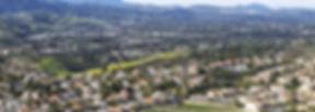 santa rosa ist mit etwa 175.000 einwohnern die fünftgrößte stadt der san francisco bay area. der großstadtvibe und entrepreneural spirit aus san francisco hat sich bis hierher ausgebreitet, denn die stadt ist von einer lebendigen kultur, herrlichen landschaften und einer sagenhaften aussicht auf das meer geprägt. jährlich versammeln sich vor allem unternehmer, künstler und sportler hier, um sich von der magischen natur und dem weltklassewein verzaubern zu lassen.