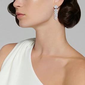 kwiat earrings2.webp