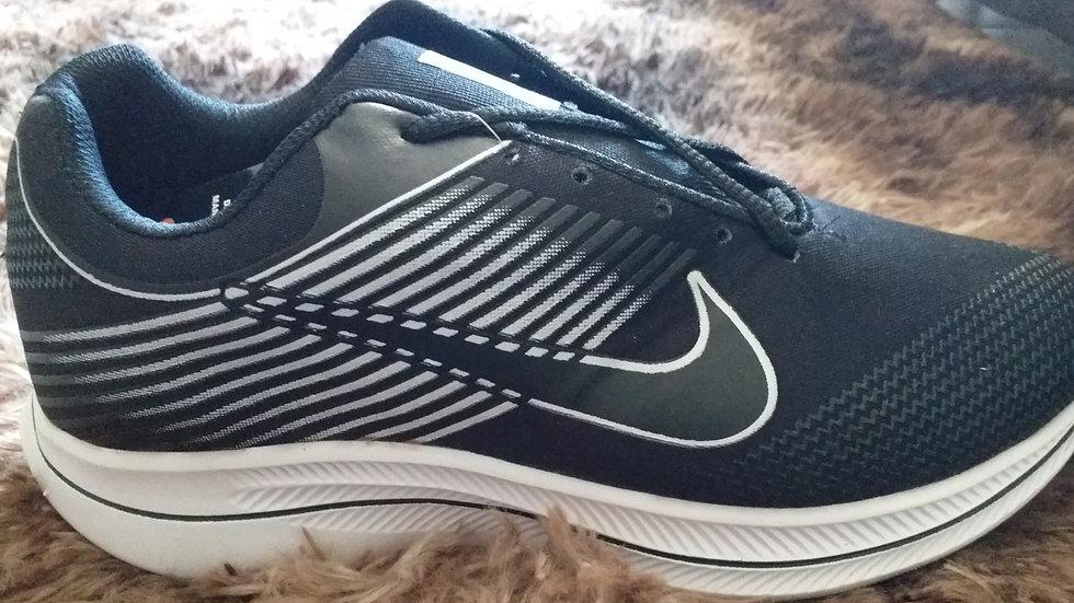 Tênis Masculino Réplica Nike Preto/Branco