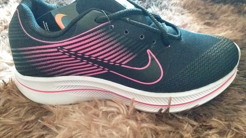 Tênis Feminino Réplica Nike Rosa e Preto
