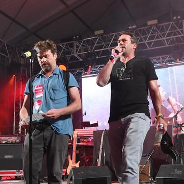 Zach+Galifianakis+Jon+Hamm+2015+Bonnaroo