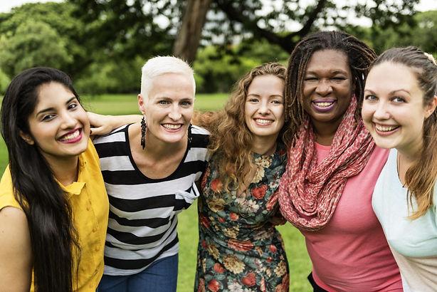 online-womens-groups-building-communitie