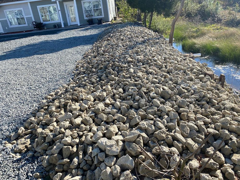 Rocks for retaining wall