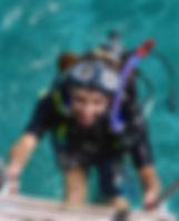 Das fachkundige Team von Squatina Diving Krk wird Dich herzlich willkommen heißen! Service wird bei uns groß geschrieben.
