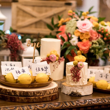 #8 Cake Table Flowers And Accessories Toronto