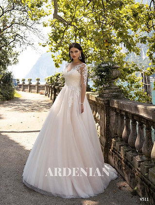 Wedding Dress V511