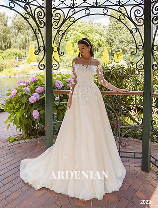 Wedding Dress Model 2022