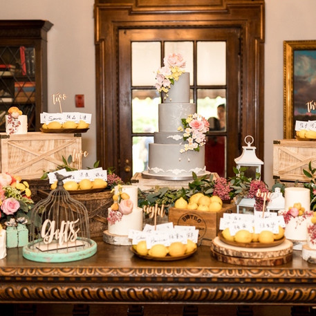 #10 Cake Table Flowers And Accessories Toronto