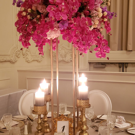 #22 Rental Tall Gold Brass Stand And Custom Rental Floral Centrepiece