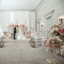 #8 Wedding Ceremony And Reception Hall Floral Arrangements Toronto