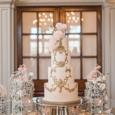 #18 Cake Table Flowers And Accessories Toronto