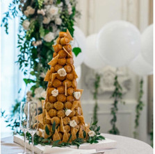 #11 Cake Table Flowers And Accessories Toronto
