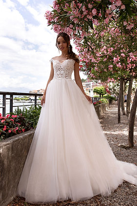 Wedding Dress V5033