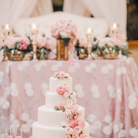 #12 Cake Table Flowers And Accessories Toronto