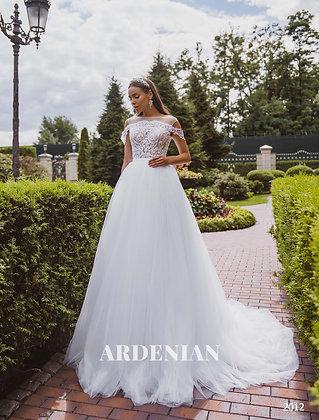 Wedding Dress Model 2012