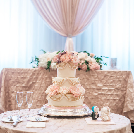 #23 Cake Table Flowers And Accessories Toronto