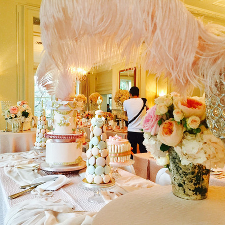 #27 Cake Table Flowers And Accessories Toronto