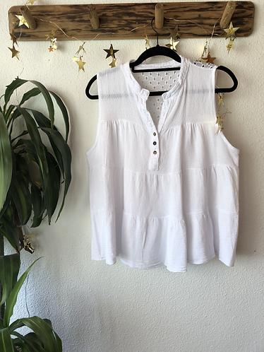 Camiseta blanca sin mangas