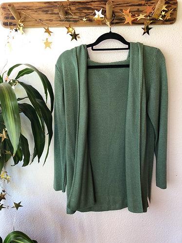Chaqueta verde con capucha