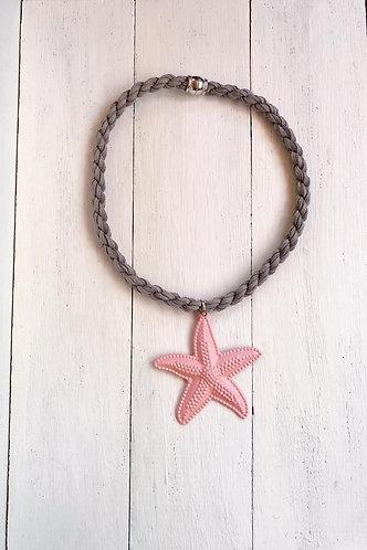 Gargantilla Estrella Rosa Cordón Gris