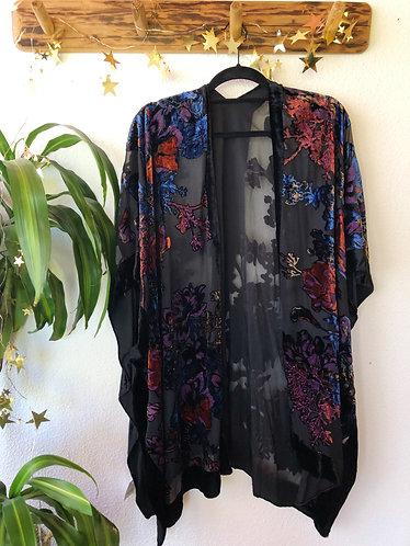 Kimono transparente con bordado