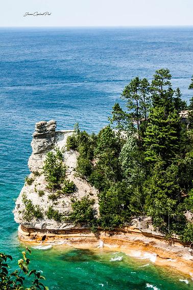 Miners Castle Rock.jpg