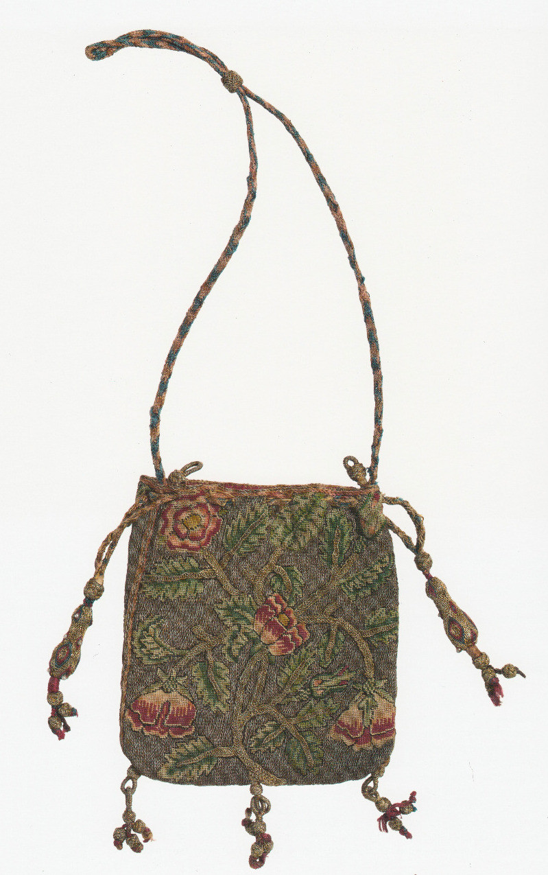 Embroidered purse with roses on gold background