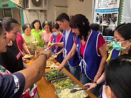 三立電視台|採訪開麥拉【無毒水耕蔬菜小農Chris送菜到嘉義慶安社區發展協會】