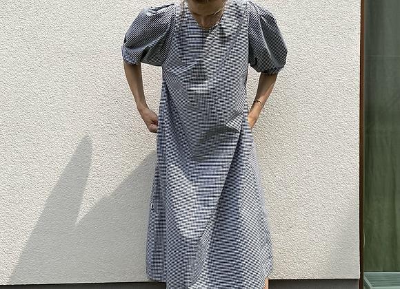 Oversize šaty s nabíranými rukávy - ČERNOBÍLÁ KOSTKA, vel. M-L