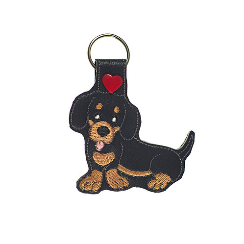 Dachshund (Black and Tan) Key Fob
