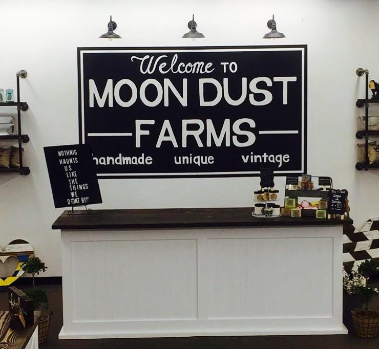 Moon Dust Farms