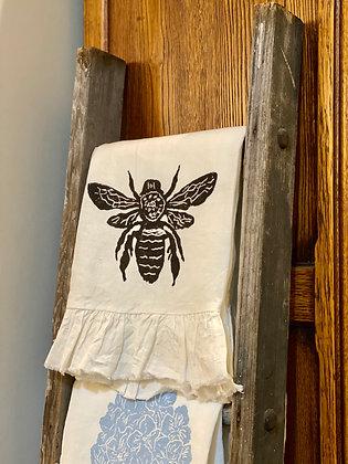 Ruffle Linen Hand Towels