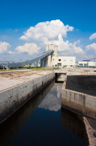 Industrial Tanks Pumping Applications