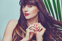 Lilah Parsons- Summer Beauty Trends