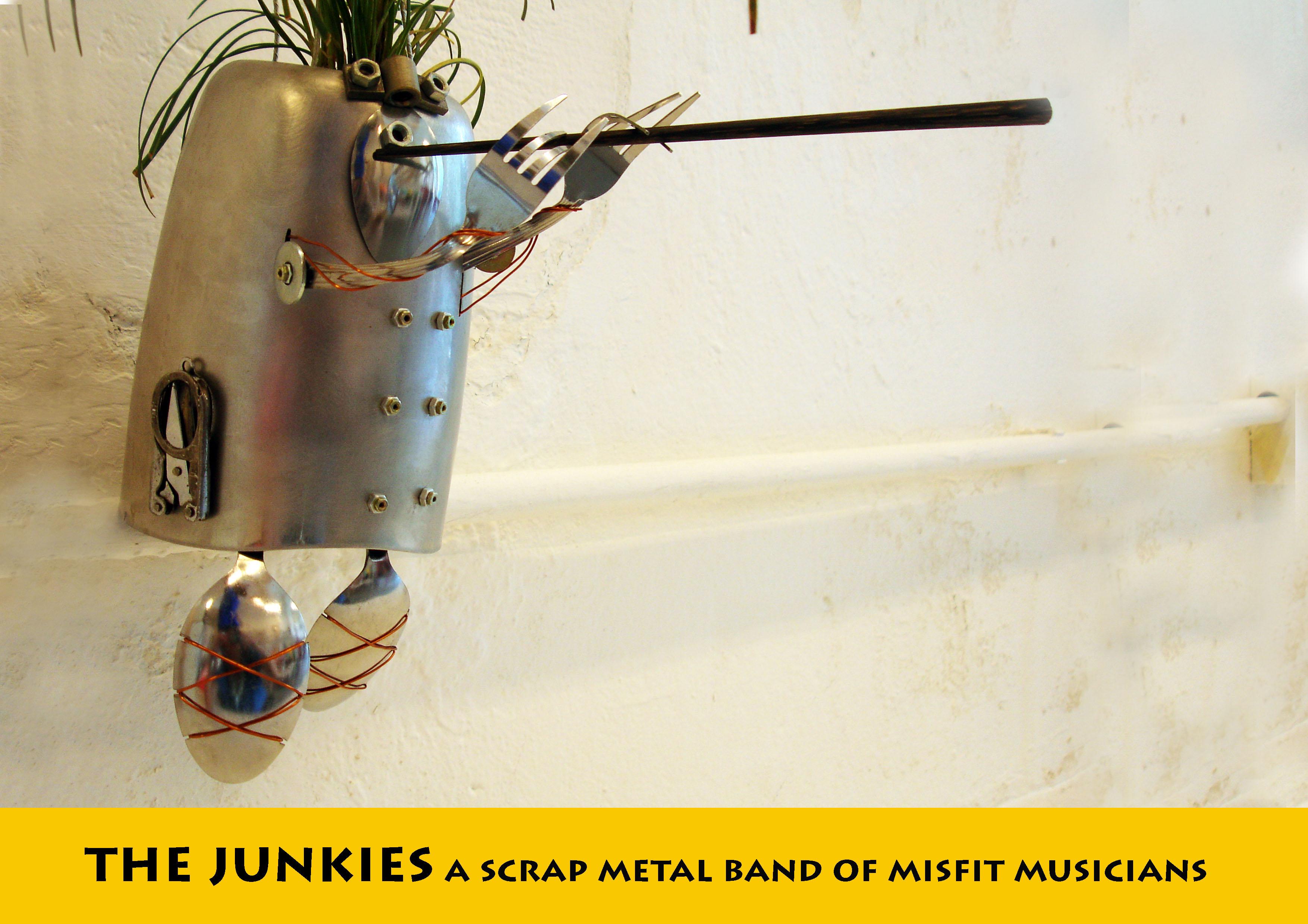 JUNK MUNKEZ-Upcycled flutist planter