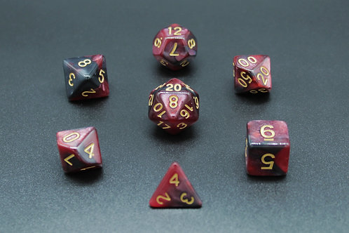 7-Piece Dice Set - Marble Red-Black/Gold