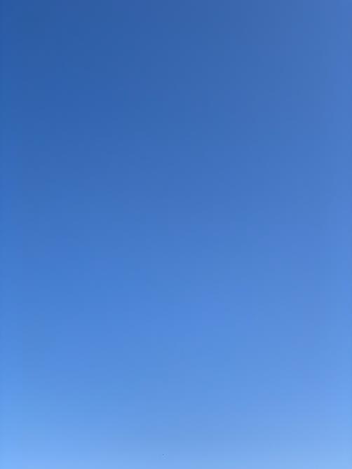 IMG_9351 ciel bleu 3.png