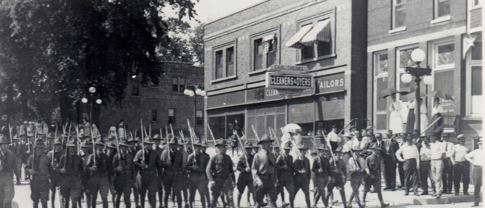 Parade_Hinsdale_Home_Gaurd_1919.jpg