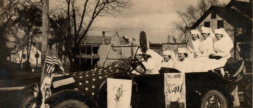 Parade_Red_Cross_1919.jpg