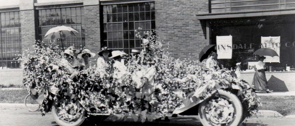 Parade_Mclerans_Automobile_1919.jpg